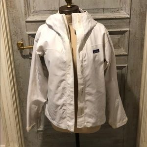 White Patagonia water proof jacket size small
